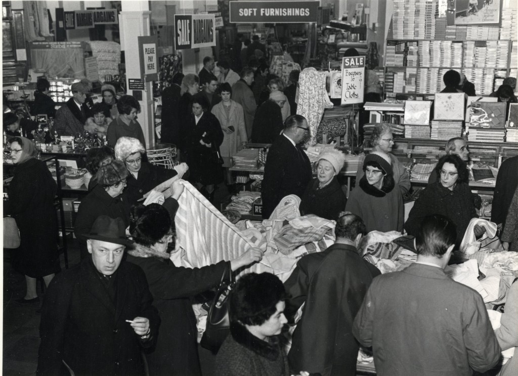 Palmers Greeners search for a bargain in 1967's sale (image Enfield Local Studies)